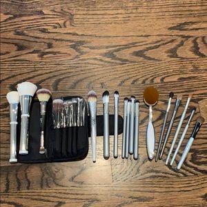 IT Cosmetics + Various Brands Brush Lot